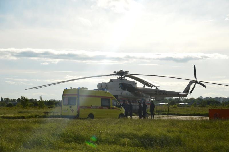Авиаторы МЧС России доставили в Хабаровск малыша, которому необходима экстренная медицинская помощь