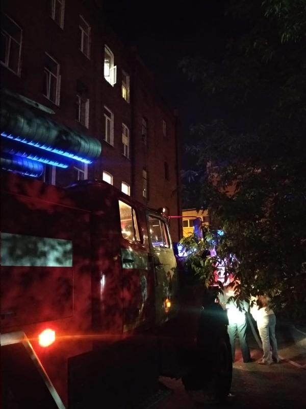 В ночное время в Иркутской области произошло 4 пожара, на которых были спасены два человека