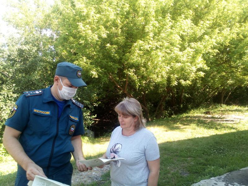 Воронежские спасатели напоминают о важности соблюдения правил пожарной безопасности