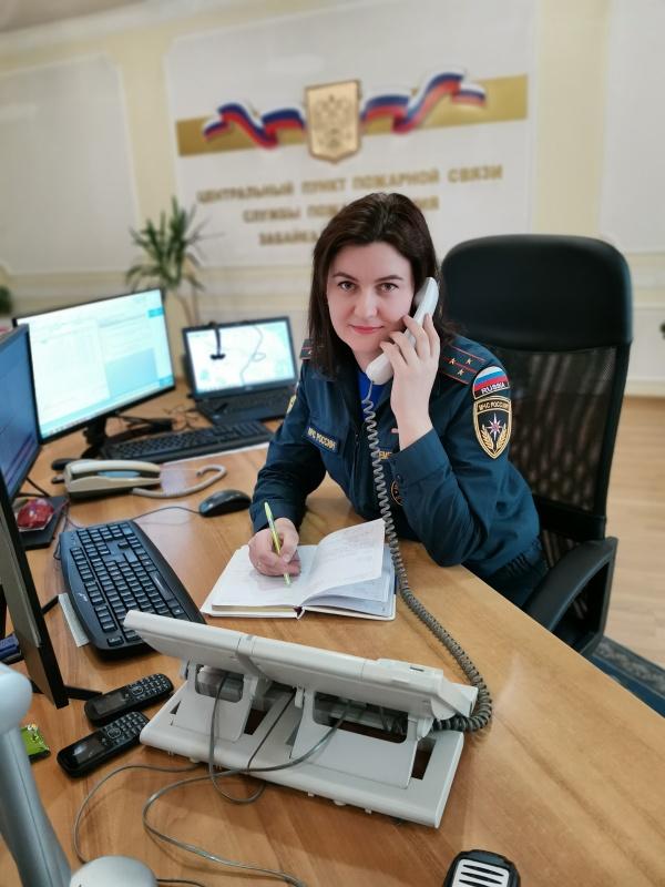 Виктория Емельянова: «Студенты звонили нам из своих задымленных комнат, плакали, просили спасти»