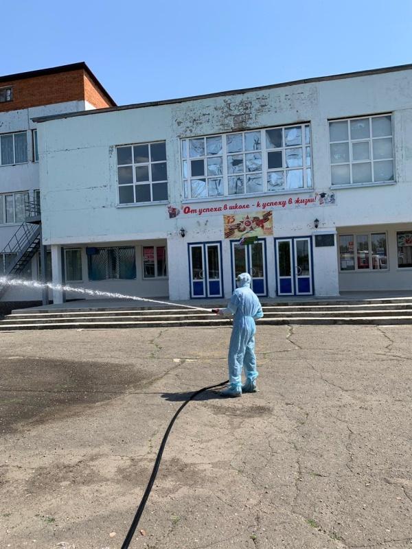 Спасатели республики провели дезинфекцию в станице Кужорской
