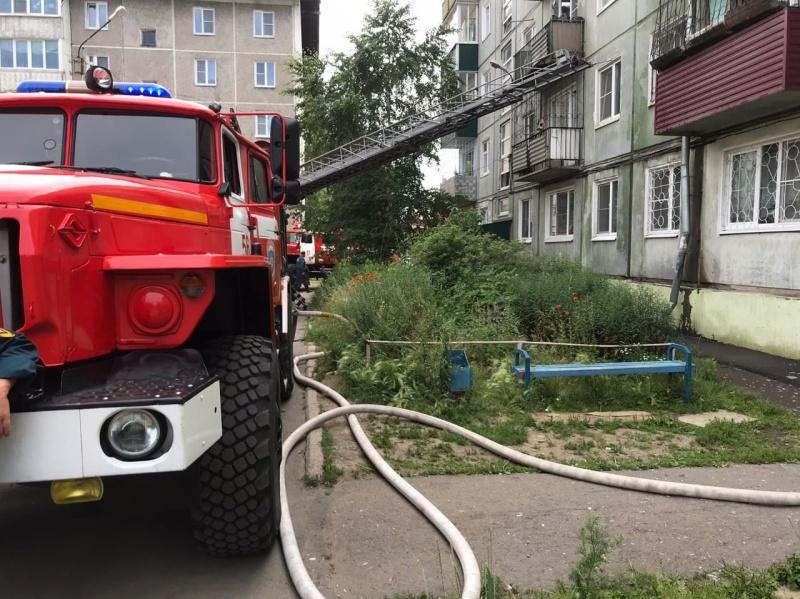 Девять взрослых и один ребёнок спасены на пожаре в городе Усолье-Сибирском. Обстановка с техногенными пожарами в Иркутской области