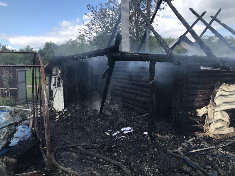 За минувшие сутки произошло 8 пожаров
