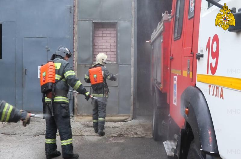 МЧС России по Тульской области закупило 350 ранцевых огнетушителей