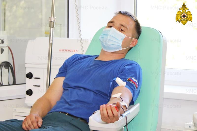 В рамках акции «30 добрых дел» сотрудники ГУ МЧС России по Республике Мордовия стали донорами крови (ВИДЕО)