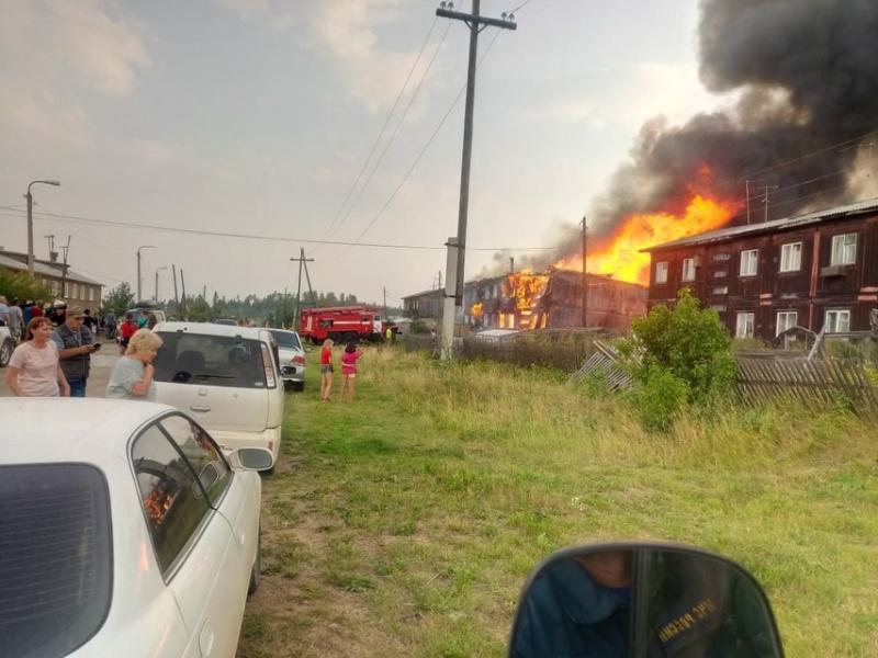 Семнадцать человек были спасены огнеборцами на пожарах, произошедших в многоквартирных жилых домах