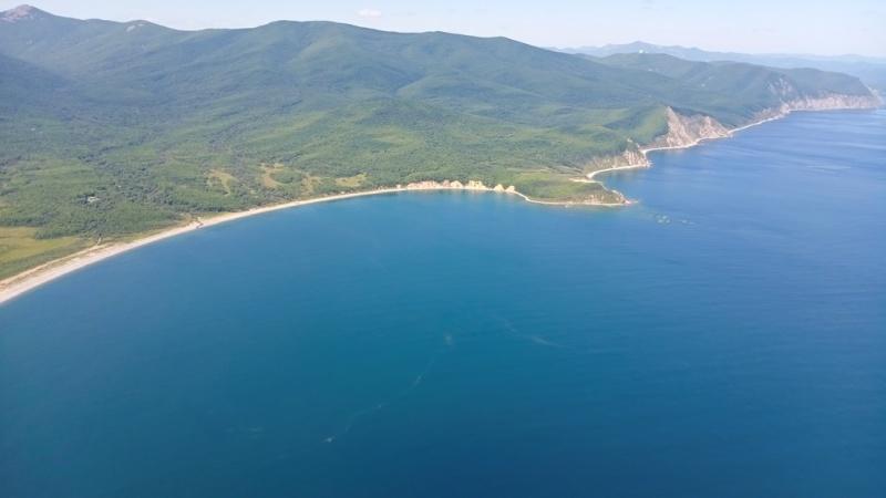 Спасатели с воздуха осмотрели морскую акваторию в поисках пропавшей яхты «Барыня» (ВИДЕО)