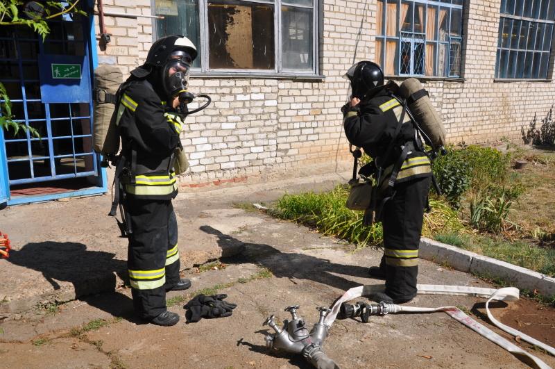 Аварийно-спасательные учения в геронтологическом центре города Ставрополь