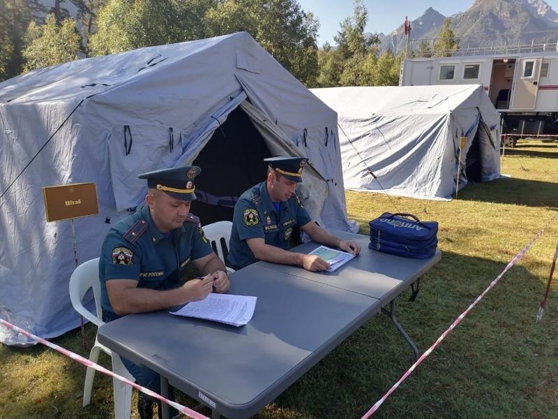 На территории туристических кластеров Карачаево-Черкесской Республики продолжают работу оперативные группы по обеспечению безопасности отдыхающих