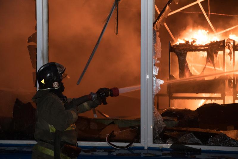 Пожар в складском помещении города Новосибирск ликвидирован