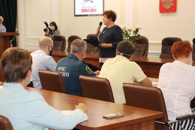 Сотрудники брянского управления МЧС России приняли участие в Диктанте Победы