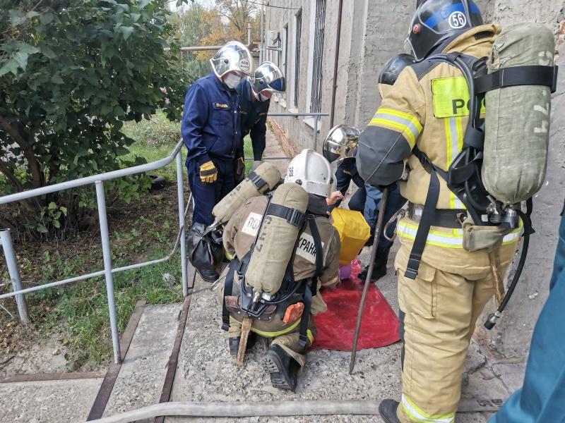 Сотрудники МЧС провели эвакуацию в наркологическом отделении Выксунской ЦРБ