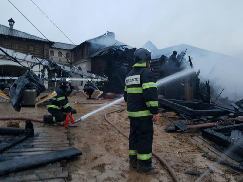 Ликвидация пожара в строении в городском округе Красногорск