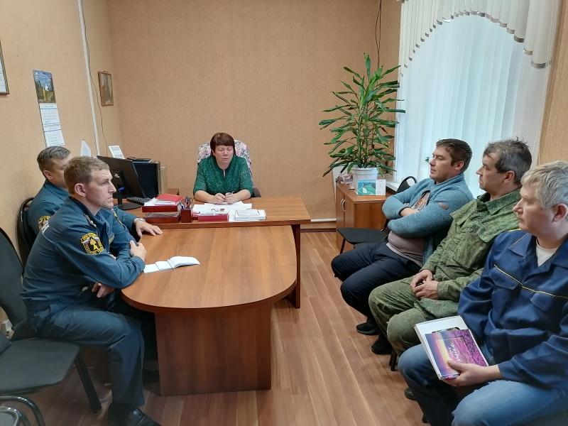 Сотрудники Главного управления провели рабочую встречу с администрацией и предпринимателями Кичменгско - Городецкого района