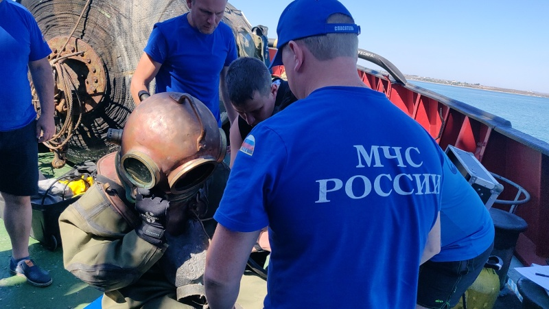 Сотрудники СПСЧ приняли участие в учебно-методическом сборе водолазных специалистов и водолазных врачей МЧС России
