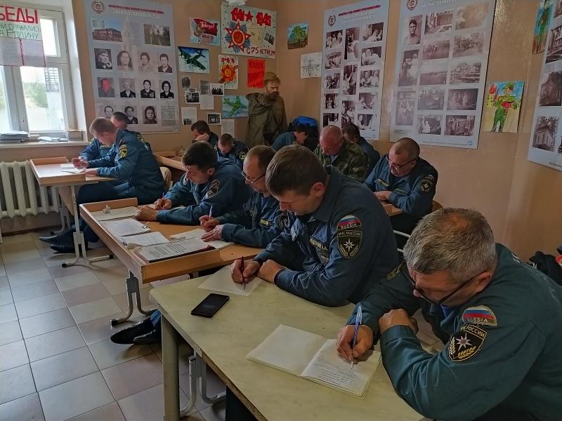 Курс психологической подготовки прошли верхотурские и новолялинские пожарные