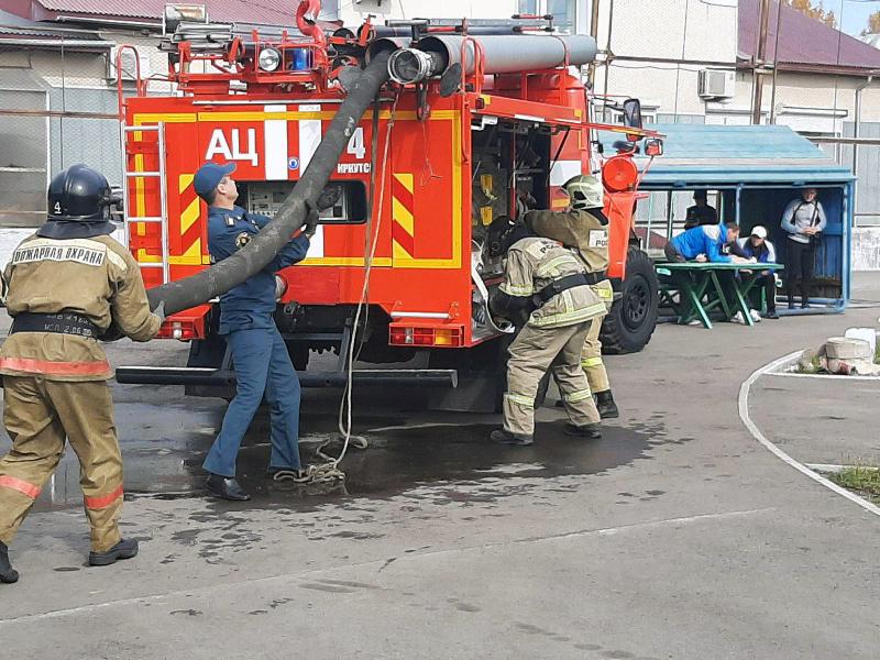 Единый день пожарно-спасательного спорта прошел в подразделениях МЧС России
