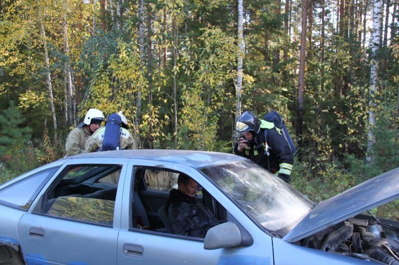 Экстренные службы Новоуральска отработали ликвидацию последствий ЧС на трассе