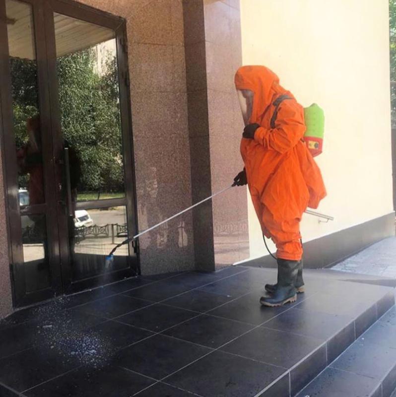 В здании Главного управления МЧС России по Ставропольскому краю проводится дезинфекции