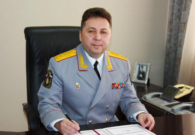 Поздравление начальника ГУ МЧС России по Нижегородской области с Днем Гражданской обороны
