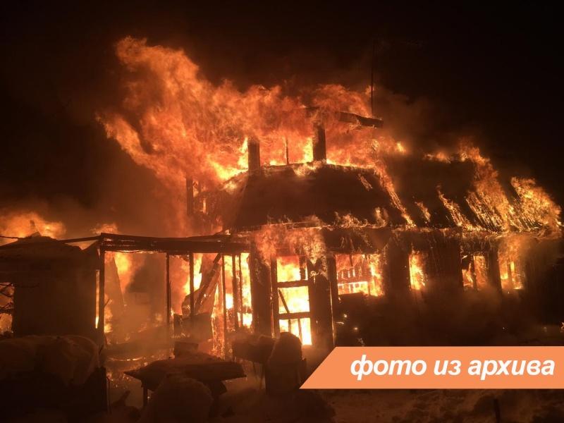 Пожарно-спасательные подразделения Ленинградской области и Санкт-Петербурга ликвидировали пожар во Всеволожском районе