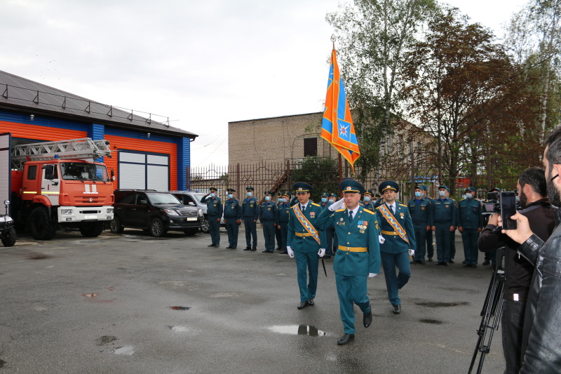 В Карачаево-Черкесии открыли обелиск пожарным и спасателям