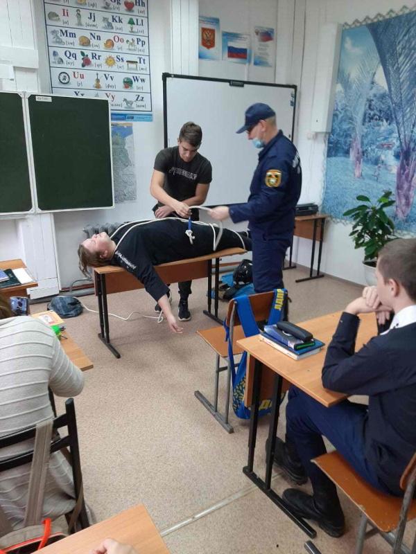 В школах области прошли открытые уроки по основам безопасности жизнедеятельности