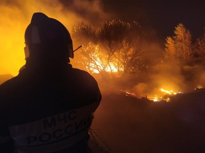 20 пожаров ликвидировали белгородские огнеборцы за минувшие сутки