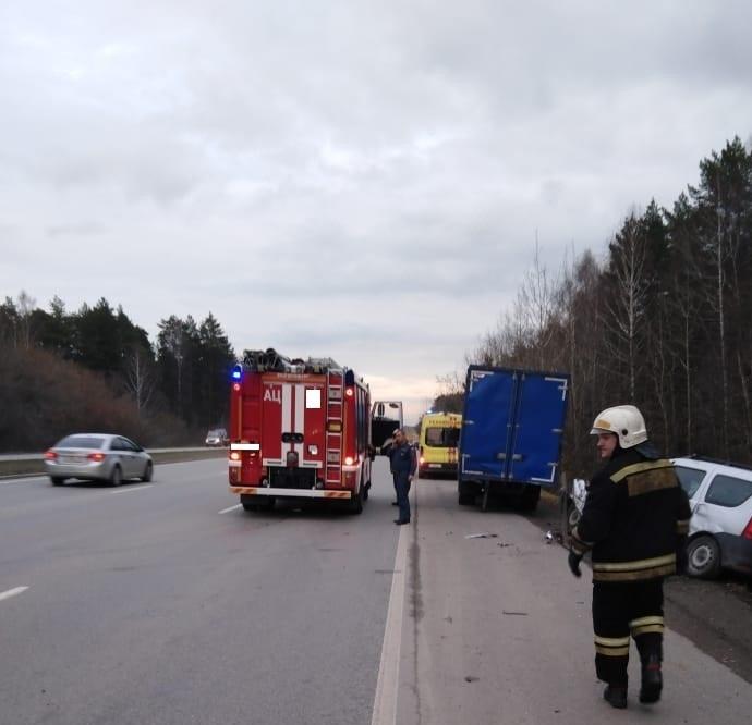 Пожарно-спасательное подразделение привлекалось на ликвидацию последствий ДТП в г.Каменске-Уральском