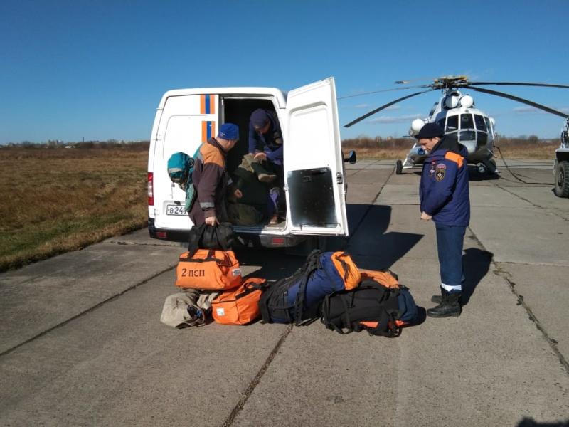 На поиски трёх рыбаков в Верхнебуреинском районе вылетел вертолет Ми-8 МЧС России