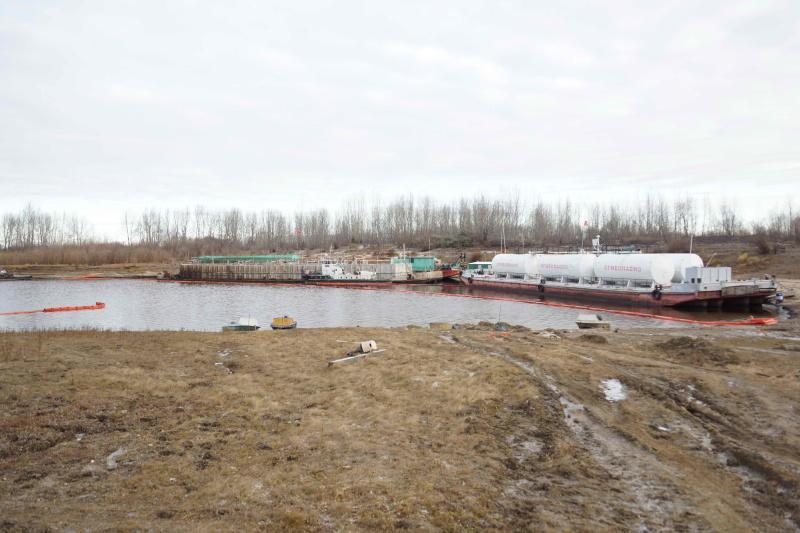 В Каргасокском районе устраняют последствия разлива нефтепродуктов