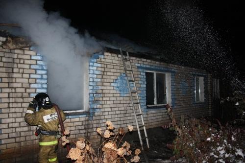 Пожарно-спасательные подразделения приняли участие в ликвидации пожара в г.о. г. Шахунья