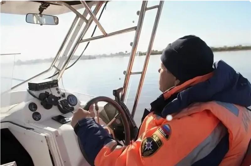 В двух районах Хабаровского края сегодня закрылась навигация для маломерных судов