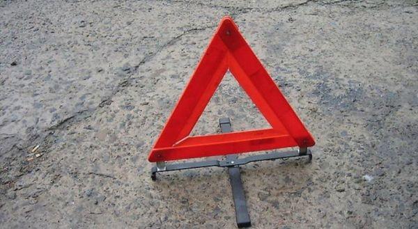 Пожарно-спасательные подразделения МЧС России приняли участие в ликвидации ДТП в Адамовском районе