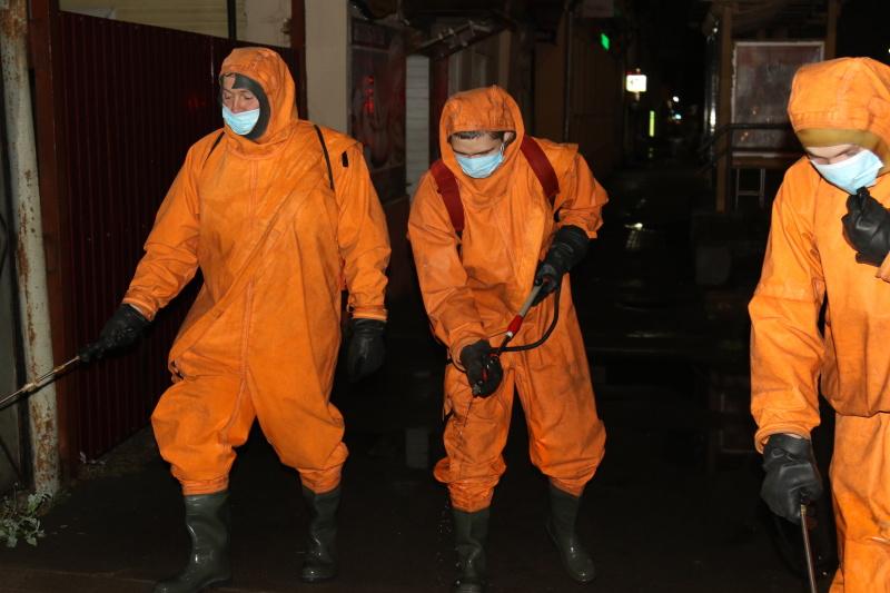 Сотрудники МЧС России участвуют в противоэпидемиологических мероприятиях по недопущению распространения вирусных инфекций