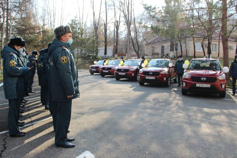 Новые автомобили для сотрудников Государственного пожарного надзора передали в районы Хабаровского края
