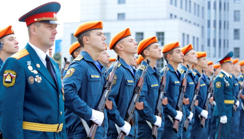 АГЗ МЧС России приглашает школьников и студентов к поступлению