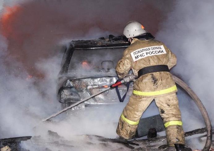Как избежать возгорания в автомобиле: рекомендации сотрудников МЧС России