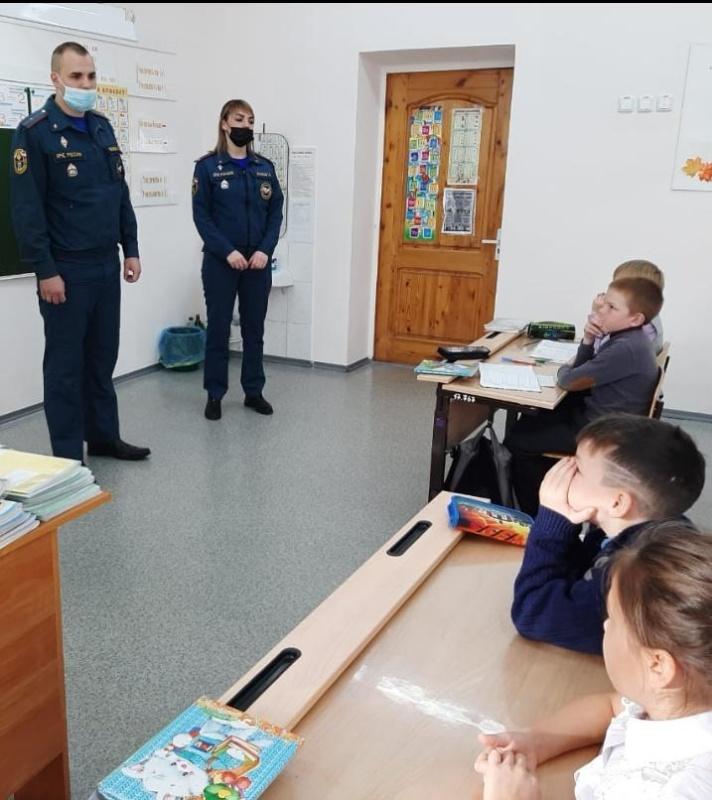 Урок безопасности прошел для школьников города Советская Гавань
