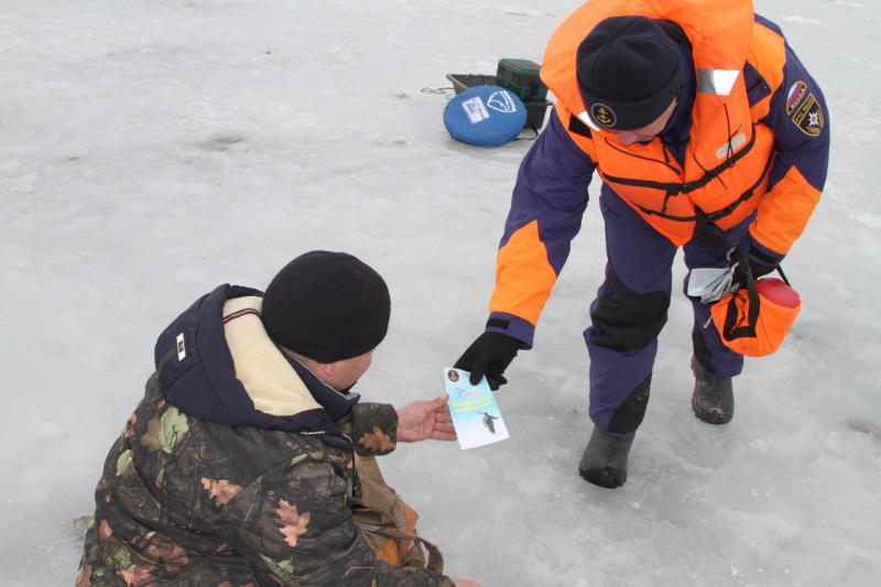 В Новосибирской области усилен контроль над традиционными местами зимней рыбалки