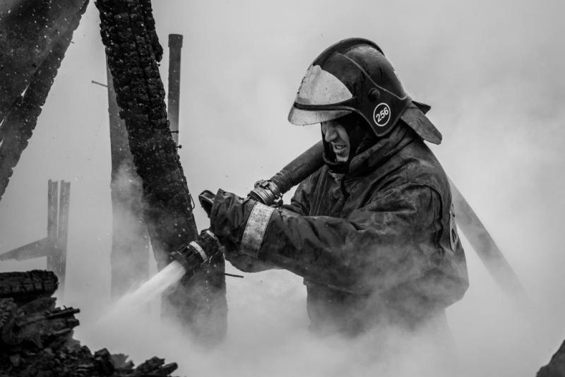 Нарушение элементарных правил пожарной безопасности привело к многочисленным пожарам за выходные дни
