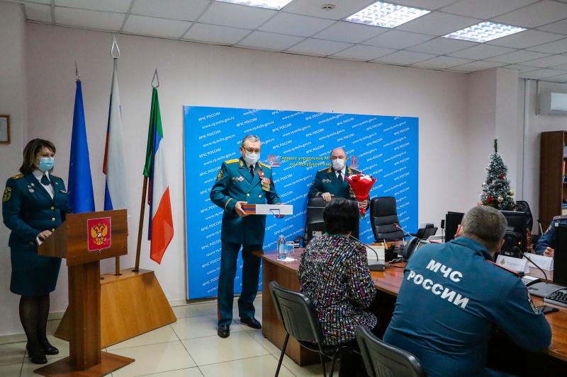 В Хакасии почтили память пожарного, погибшего при исполнении служебного долга