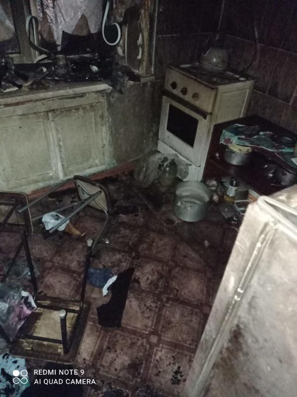 На пожаре в посёлке Тюльган спасены 2 человека
