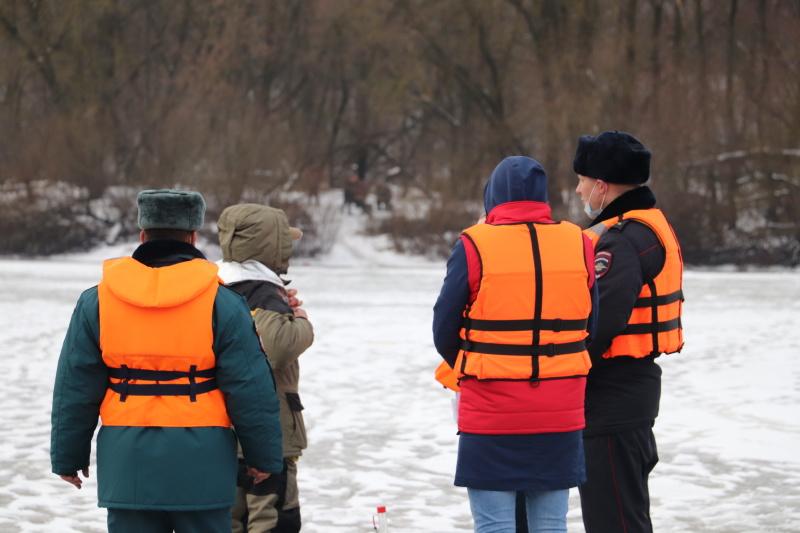 На Брянских водоёмах состоялся межведомственный рейд с участием  активистов молодежного направления «Общероссийский народный фронт»