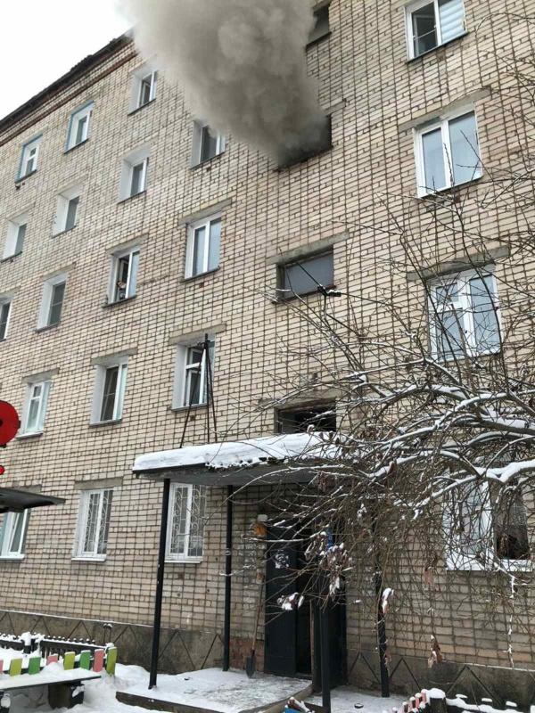 15 человек спасены и трое пострадали на пожарах в Иркутской области в выходные дни
