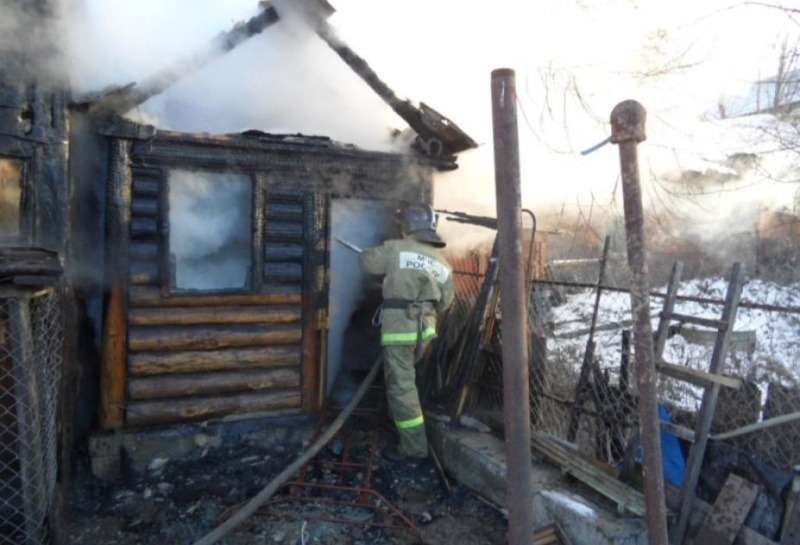 На прошлой неделе при тушении пожаров спасено 16 человек