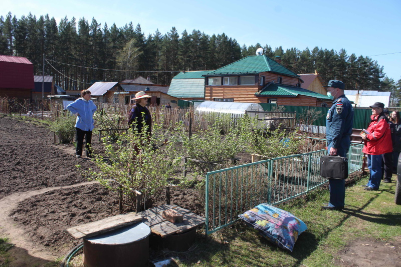 Противопожарные рейды в садовых обществах Томска (26 апреля 2020 года)