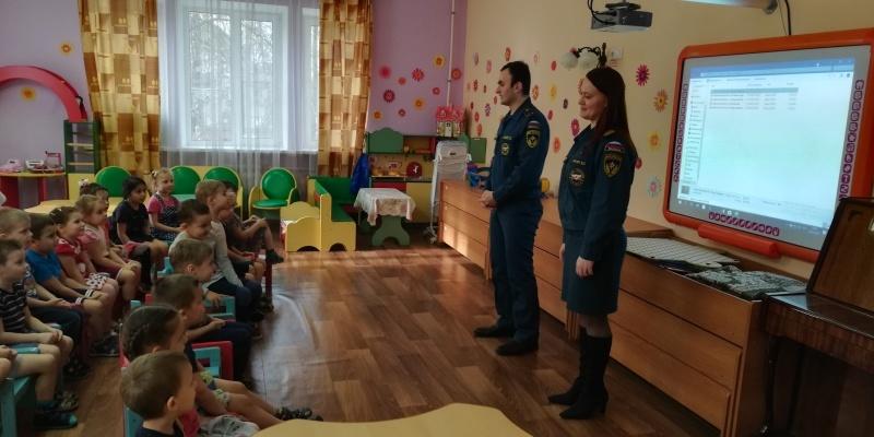 Воспитанников детских садов Ленинского района обучают правилам безопасности