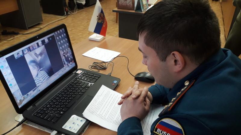 Профилактические мероприятия в режиме онлайн проводят сотрудники пожнадзора в Шатуре и Рошале