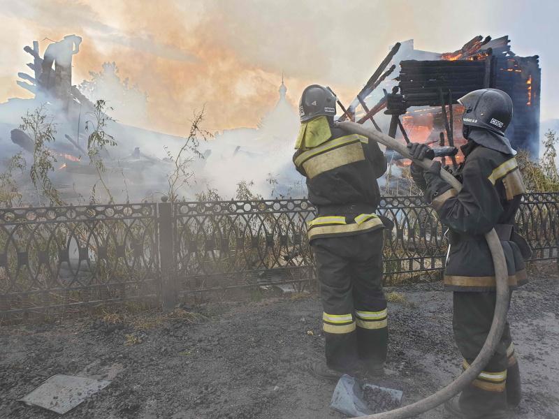 Пожар в селе Зоркальцево Томского района (4 июля 2020 года)